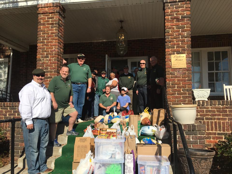 The AOH dropping off donations to the New Bern House.